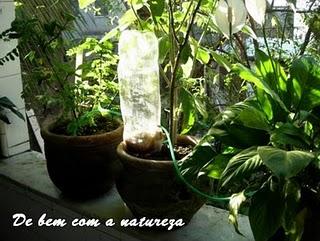 Como Fazer Um Irrigador    Permanente    Para Os Seus Vasos De Plantas