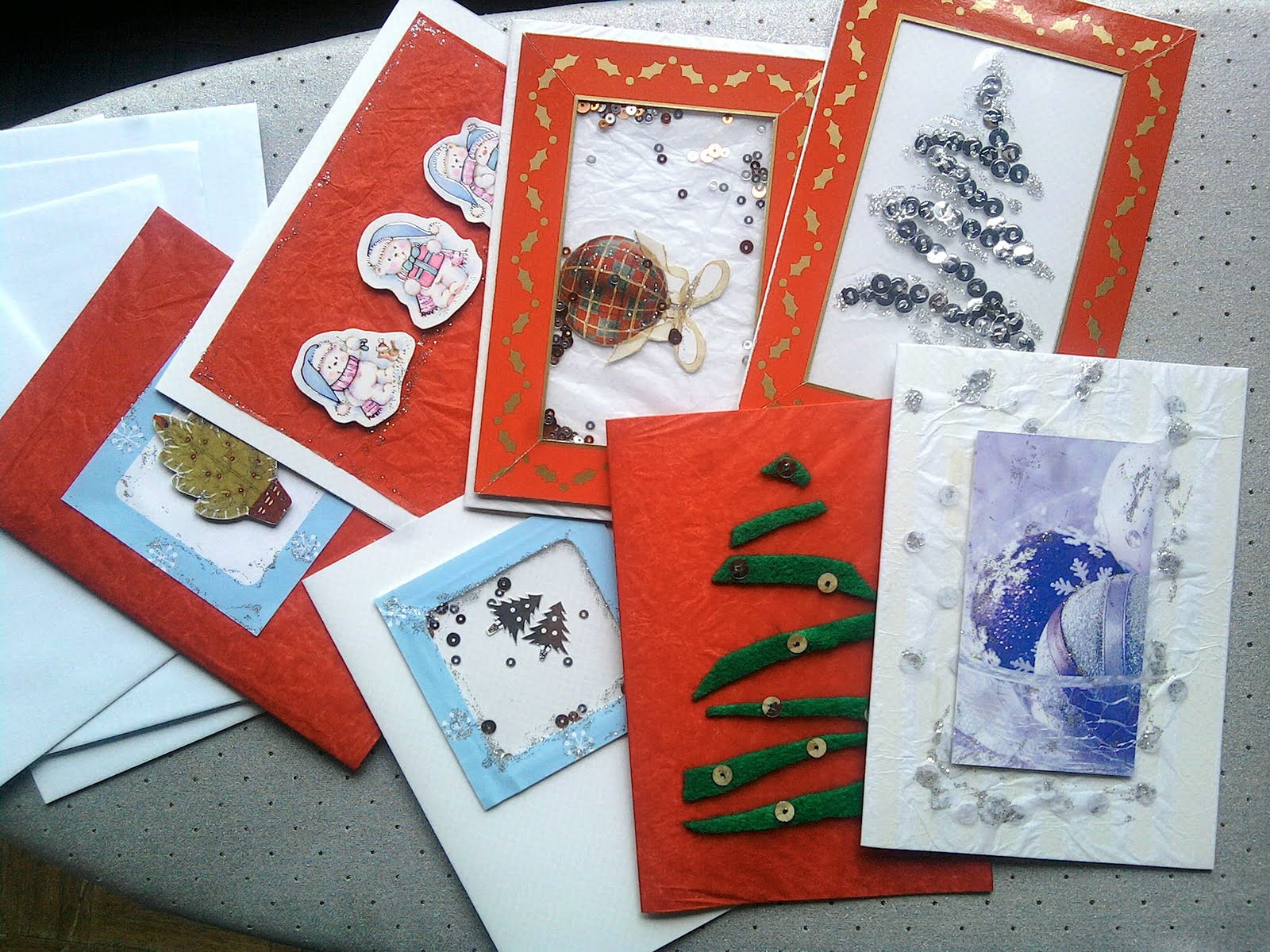 Eco Friendly Junk Makeover: Handmade Christmas Cards from Recycled