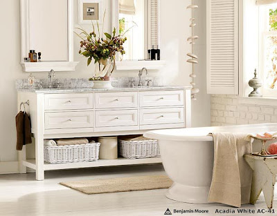 Simply decorated white bathrooms for Pottery barn bathroom designs