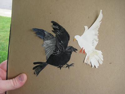 http://2.bp.blogspot.com/_7qCggR7fSQY/Sr0EvfIhAzI/AAAAAAAAAxw/RBJBQytcYTU/s400/3_Crow_dove_IMG_5946.jpg