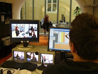 Users under close observation during a usability lab