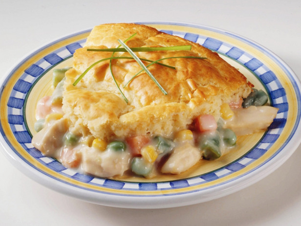 Chicken Pot Pie Crescent Braid has all the classic, warm flavors of a traditional chicken pot pie, served in an elegant, but simple crescent braid.