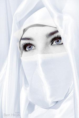 wallpaper muslimah berpurdah. Wanita+muslimah+erpurdah
