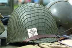 Kaca Helm Bisa Melindungi Tentara dari Ledakan