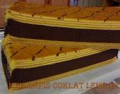 Kek Lapis Coklat Lembab / Idola