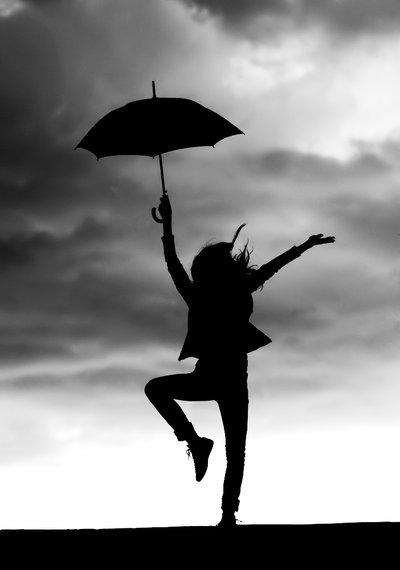 ظــلآآل Dance_In_The_Rain_by