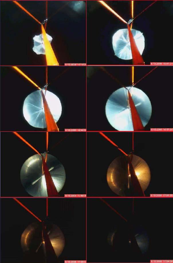 Přirozené rozpínání balonu BEXUS7 díky vyrovnávání tlaků během vzestupu