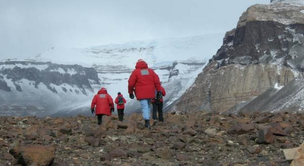 three romanians break polar research with antarctica expedition