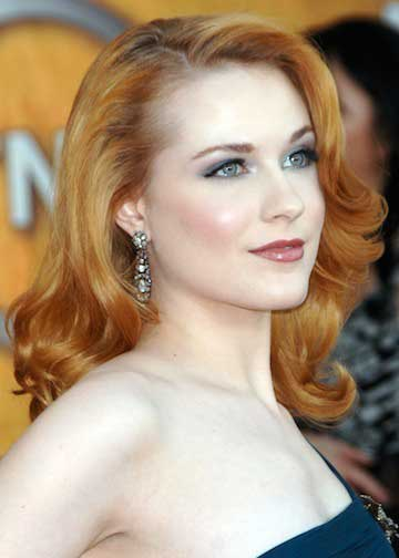 Hollywood Celebrity Wavy Hairstyle