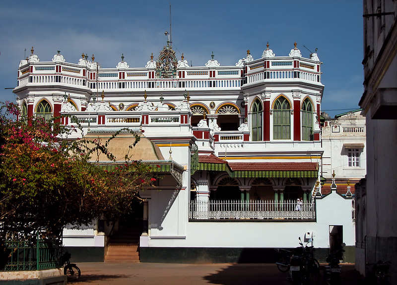 Beautiful chettinad palace and houses amazing architecture House architecture chennai