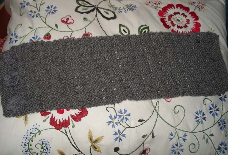 Knitting Quilted Lattice Stitch : Ascot scarf pattern - Down to Earth