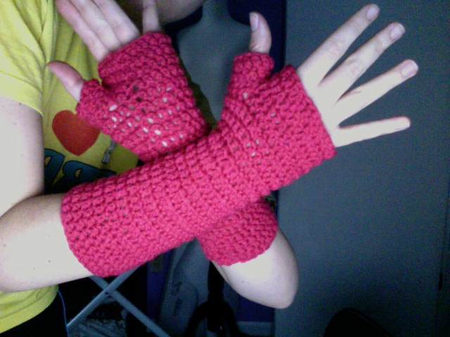 Bethany Sew And Sew Bethanys Fingerless Mittens My First Crochet