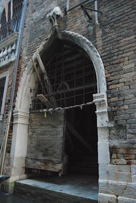 Venezia: porta d'acqua