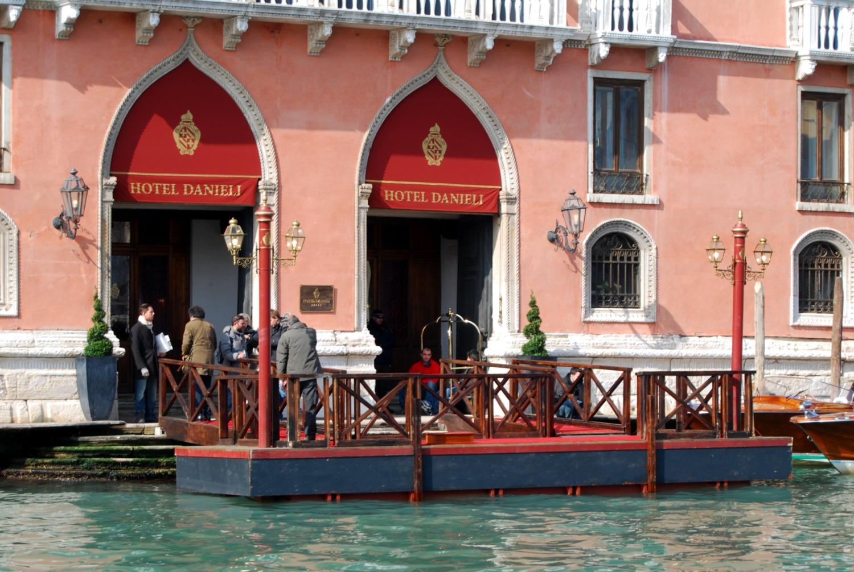 「the tourist danieli hotel」的圖片搜尋結果