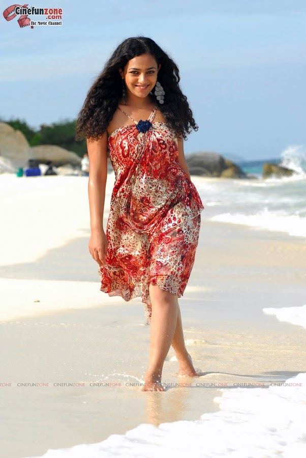 actress nithya menon hot hq stills 05 Actress Nithya Menon latest stills | HQ hot stills