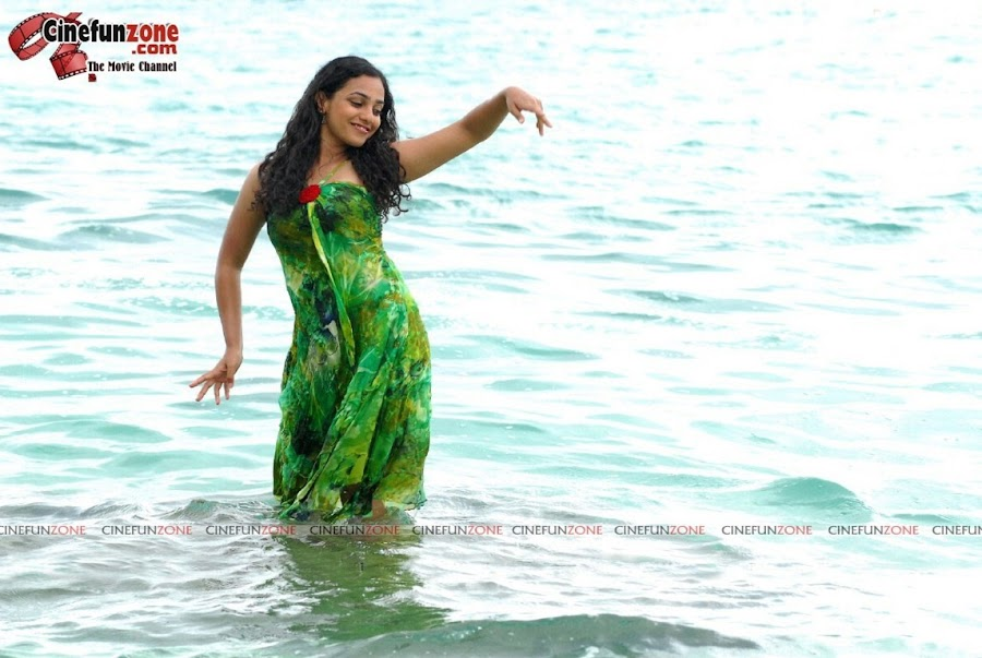 actress nithya menon hot hq stills 09 Actress Nithya Menon latest stills | HQ hot stills