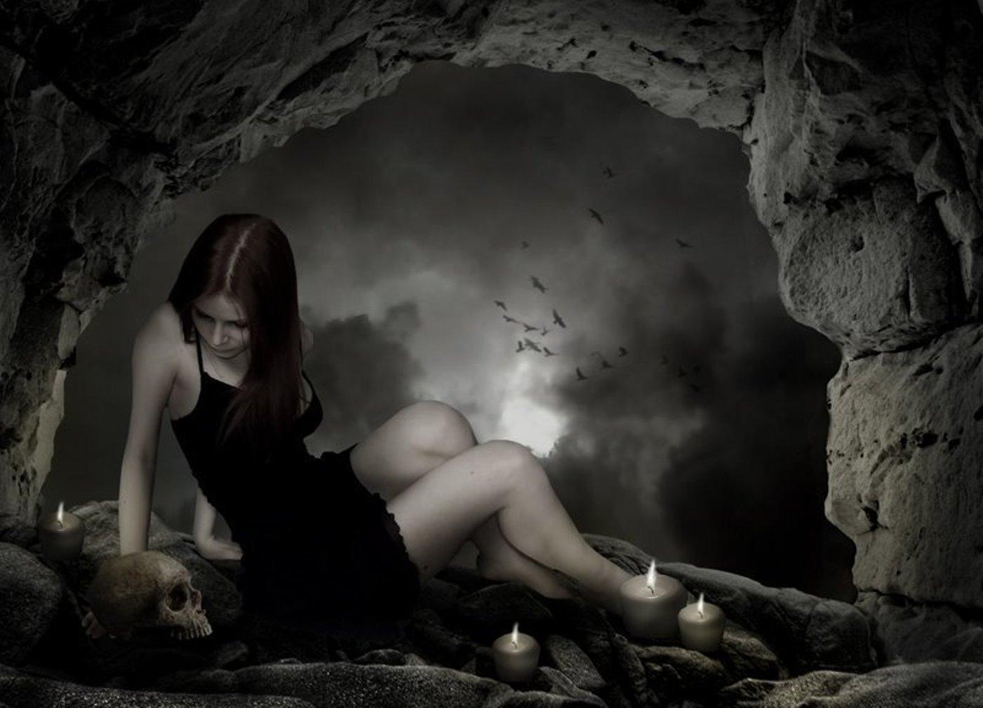 http://2.bp.blogspot.com/_80PBgN2_1i8/TCOIY-4xCrI/AAAAAAAAAAM/uEqwqEEkruM/s1600/fond+d+ecran+gothique.+Gothic+wallpaper.+Gothic+girl..jpg