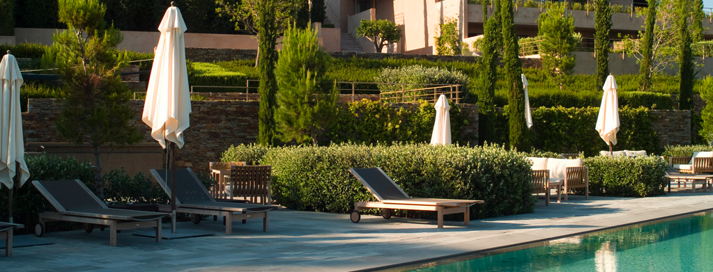hip honeymoon hotels premier w e d. Black Bedroom Furniture Sets. Home Design Ideas