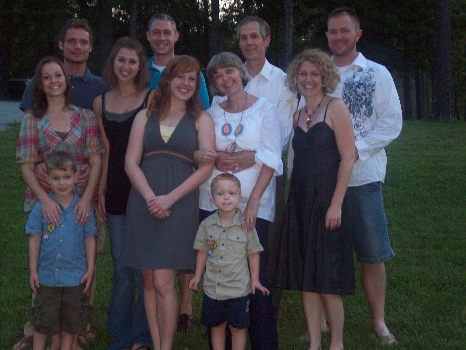 [The+family+Aug+2009.jpg]