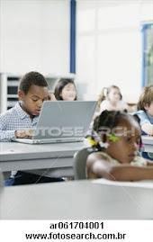 A tecnologia nas salas de aulas.