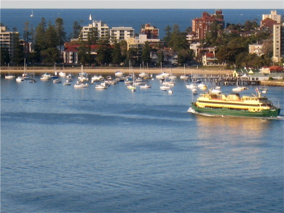 how to catch the ferry to manly