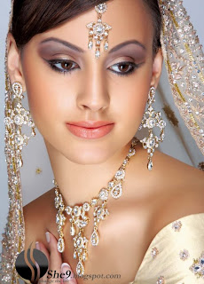 IndianBrideMakeupwwwShe9blogspotcom 5  - Make up  And Dress of the day 31 March 10