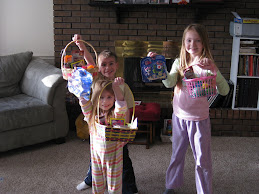Happy kids with baskets:)
