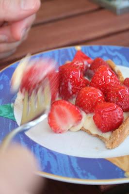 la cerise tarte aux fraises strawberry tart. Black Bedroom Furniture Sets. Home Design Ideas