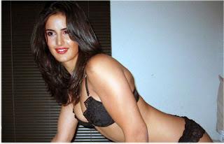 Katrina Bikini Wallpaper