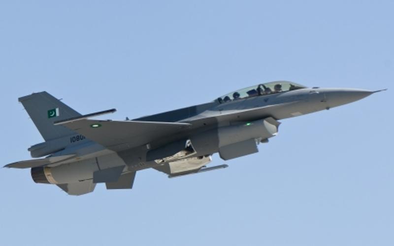 f 16 fighter. Remaining six F-16 C/D Block