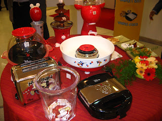 Shop And Hop Mickey Mouse Kitchen Stuff
