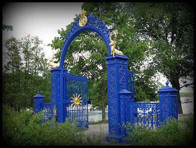 Blå porten på djurgården.