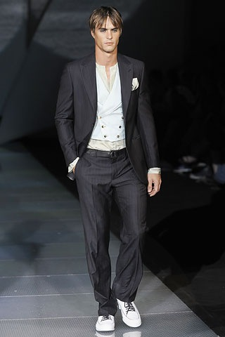 Gucci Suits 4 Men