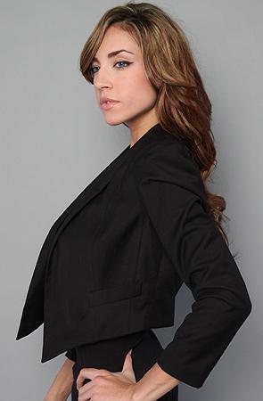 La petite veste noire: the covert blazer by BB Dakota