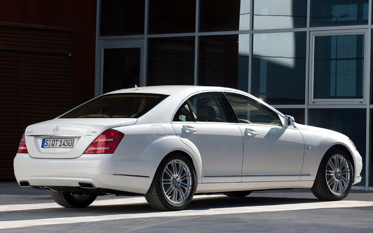 Autoglo mercedes s400 hybrid is a classy thrill ride for 2010 mercedes benz s400 hybrid for sale