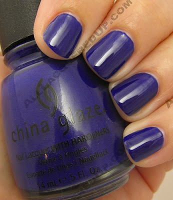 china glaze, bahama blues, winter 2008, nail polish, nail lacquer, nail color, nail colour, blue, bermuda breakaway