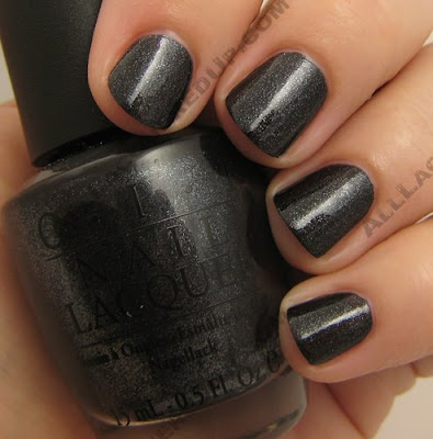 opi, holiday in toyland, holiday 2008, winter 2008, nail polish, nail lacquer, nail color, nail trends, baby it's coal outside