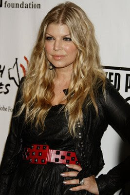 fergie black eyed peas peapod foundation benefit concert Celebrity Nail Watch 2 7 09