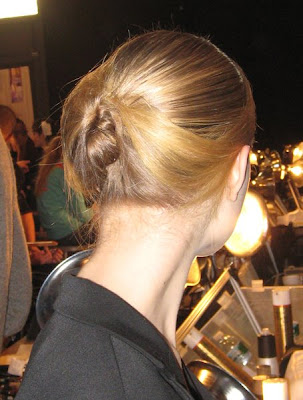 thakoon nyfw fw09 backstage hair ALU at NYFW   Backstage at Thakoon