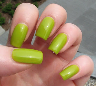 miss chievous misa green with envy 1 Whats On Your Nails? with MissChievous