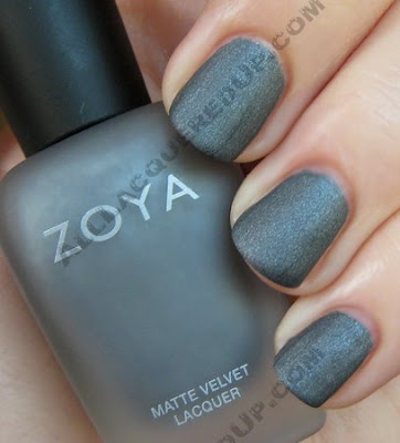 zoya loredana matte velvet mattevelvet nail polish wm Zoya Matte Velvet Review and Swatches
