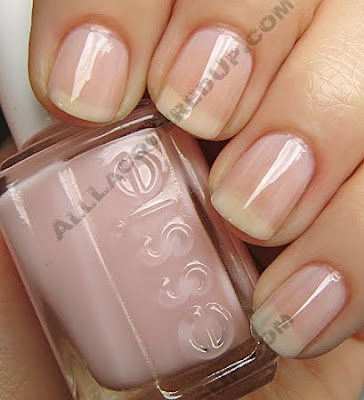 essie rock candy nail polish winter 2009 Essie Winter 2009 Sweet Time of The Year Swatches & Review
