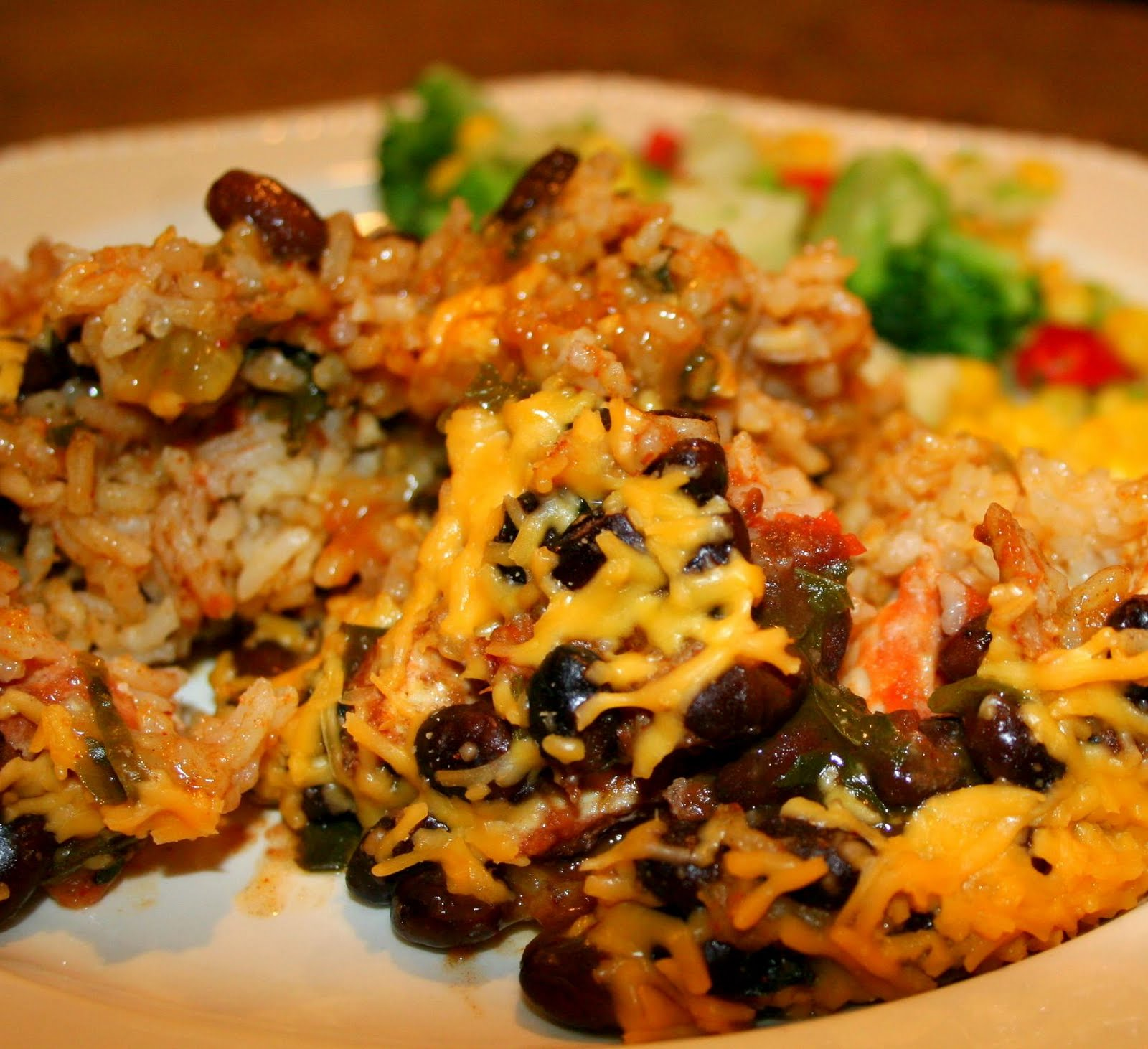 Kristin's Kitchen: Mexican Chicken and Rice Casserole