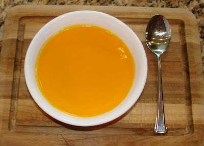 ... and something smells good...: Summer Carrot Soup with Ginger Essence