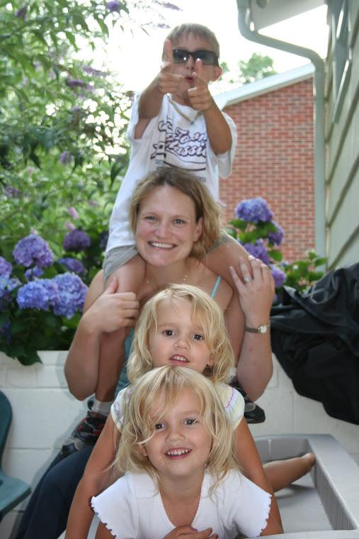 The Arnold Crazies...Summer 2006