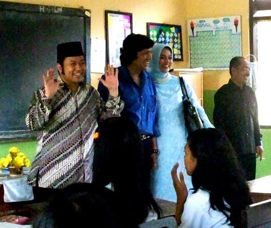 Zainuddin Hasan (Golkar) + Ikang Fawzi (PAN + PPP + PDK) di Lampung Selatan