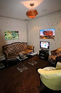 Modern Lounge Room Office 2010