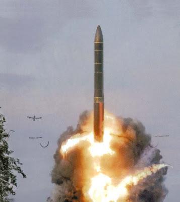 China testou com sucesso um sistema de defesa antimíssil