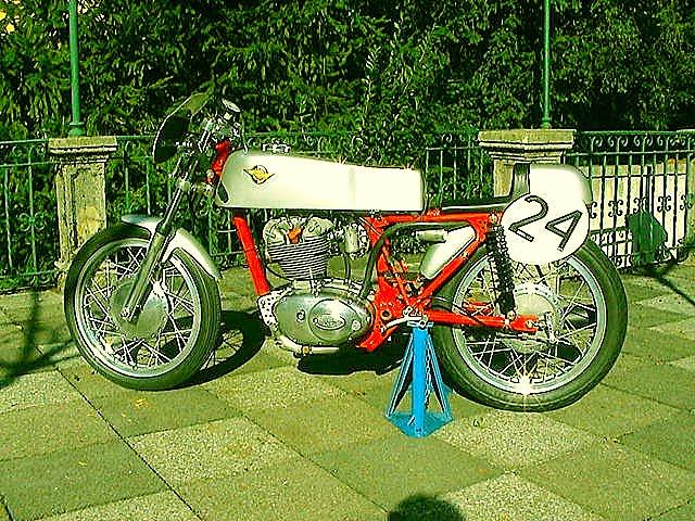 [SUZUKI   Ducati+250+F3+MKII+g.jpg]