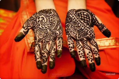 beautiful Arabic mehndi pics